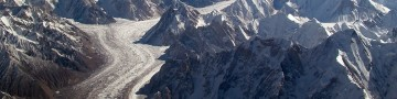 Baltoro_glacier_from_air